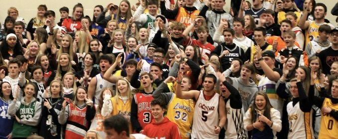 The+Herd+performs+the+infamous+%22airball%22+chant+during+a+game+against+SWOC+rival+Talawanda.+