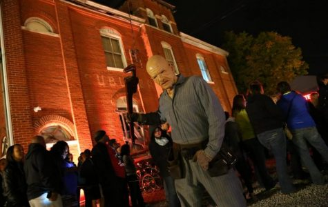 Must-See Haunted Houses