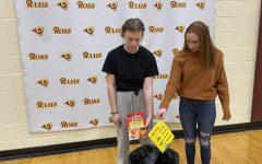 Sophomore Carli Gronas and freshman Peyten Banks part ways with their